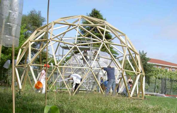 The artist Lucy Stockton-Smith worked with teachers and students at the Sandwich Technology School to build two large geodesic domes.