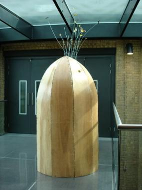 Michelle Griffiths, Mrs Bloom's Lunar Capsule (Space Soon), 2006