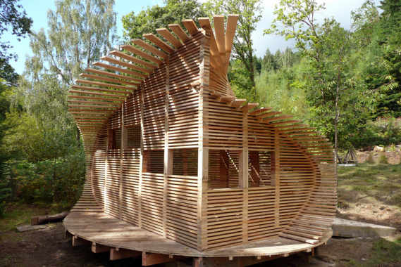 Bird hide at Centre for Alternative Technology