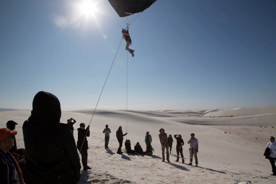 Nicola Triscott flight on Tomas Saraceno's Aerocene solar balloon, White Sands Missile Range, photo: Studio Tomás Saraceno, 2015